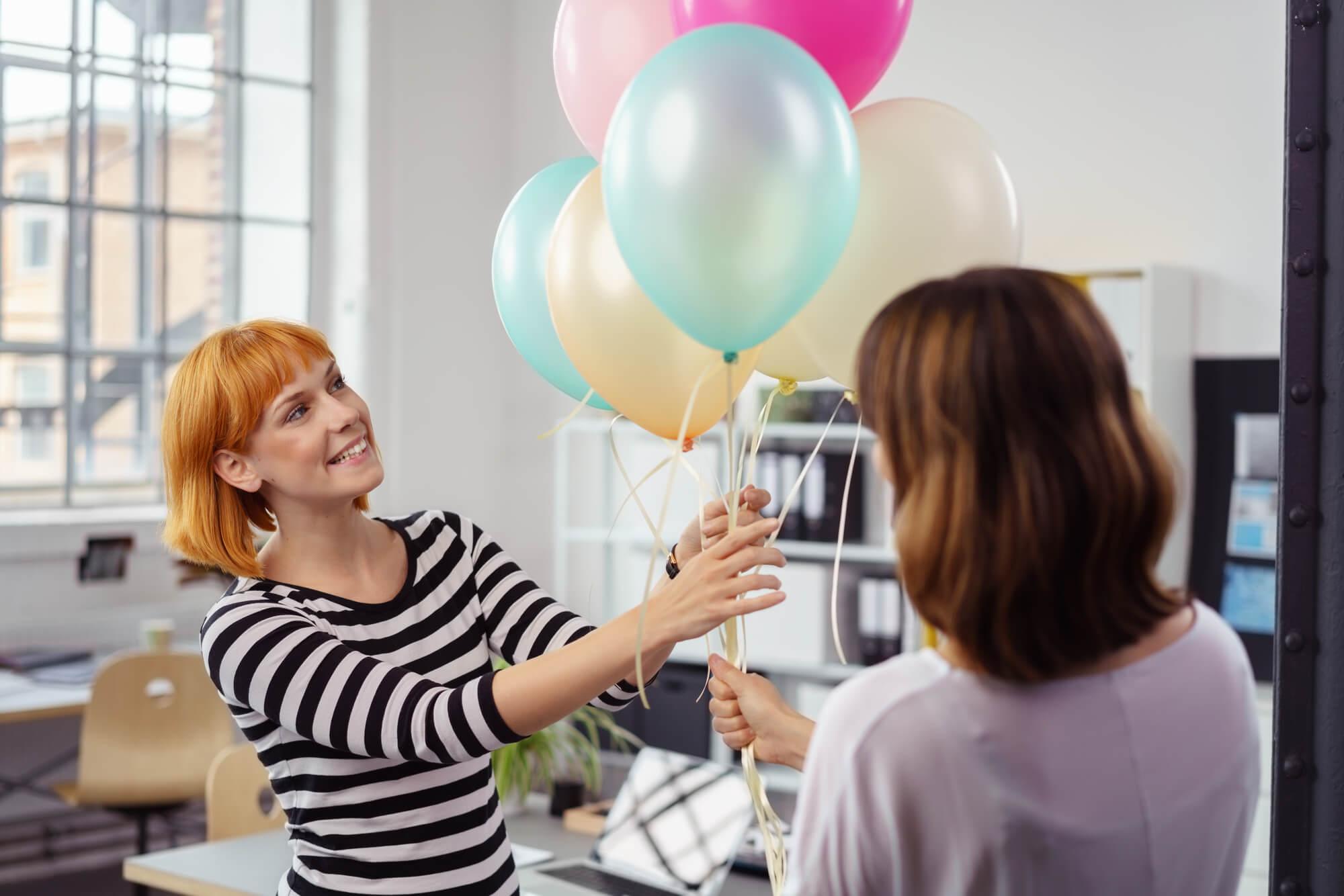 Warum Sie für Ihre Neueröffnung Luftballons mit Logo bedrucken sollen